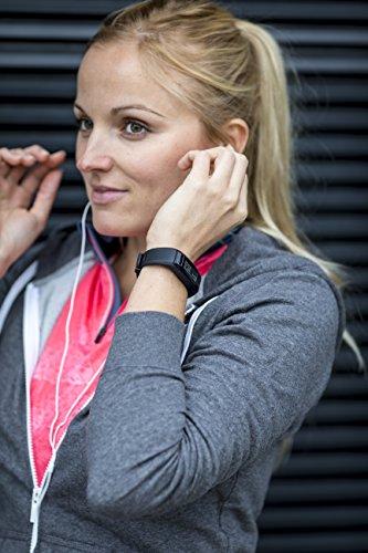 garmin Vivosmart HR Fitness Armband Frau